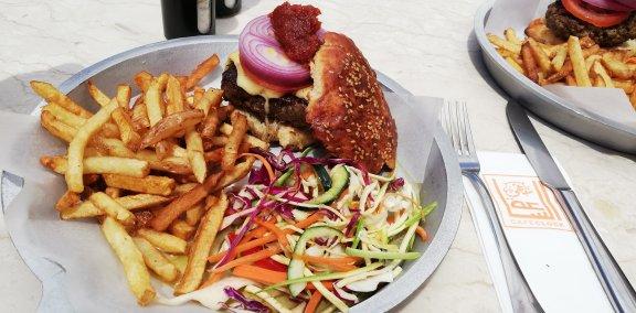 Kamelji burger hrana Maroko